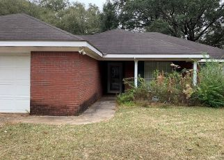 Foreclosed Home in Mobile 36619 SAINT JOAN DR - Property ID: 4465506828