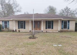 Foreclosed Home in Mobile 36619 BRENTWOOD DR - Property ID: 4465512966