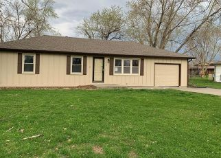 Foreclosed Home in Orrick 64077 TAYLOR ST - Property ID: 4465533990