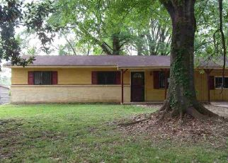 Foreclosed Home in Jackson 39212 WOODVILLE CIR - Property ID: 4465563314
