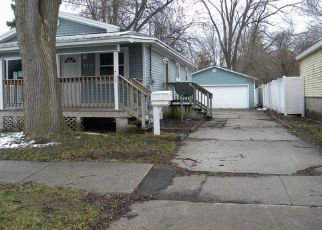 Foreclosed Home in Bay City 48706 ELM ST - Property ID: 4465604490