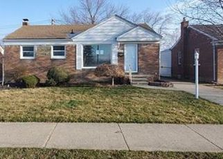 Foreclosed Home in Roseville 48066 MARQUETTE ST - Property ID: 4465605811