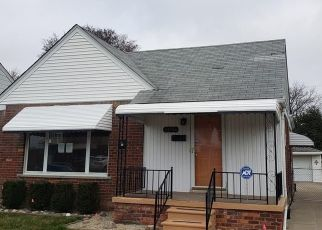 Foreclosed Home in Eastpointe 48021 SAXONY AVE - Property ID: 4465608434