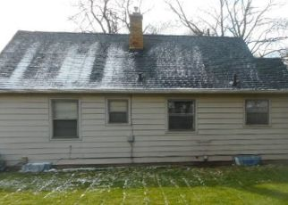 Foreclosed Home in Lansing 48915 INVERNESS AVE - Property ID: 4465620701