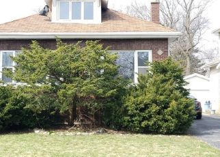 Foreclosed Home in Chicago 60643 S BELL AVE - Property ID: 4465833552