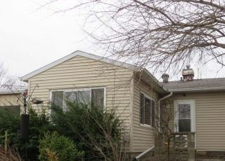 Foreclosed Home in Quincy 62301 HARMONY HL - Property ID: 4465848893