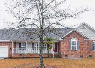 Foreclosed Home in Hope Mills 28348 NORTHERN DANCER PL - Property ID: 4465979394