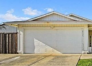 Foreclosed Home in Sacramento 95828 WILLOW GROVE WAY - Property ID: 4466018370