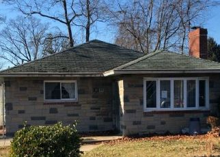 Foreclosed Home in Baltimore 21214 PILGRIM RD - Property ID: 4466084957