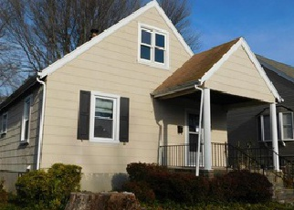 Foreclosed Home in Parkville 21234 WYCLIFFE RD - Property ID: 4466088448