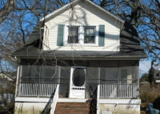 Foreclosed Home in Parkville 21234 ROSALIE AVE - Property ID: 4466094588