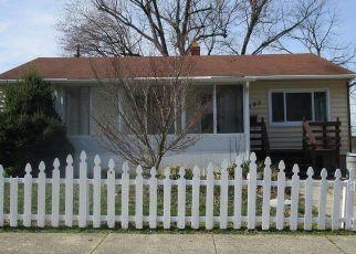 Foreclosed Home in Gwynn Oak 21207 HILLSMERE RD - Property ID: 4466102912