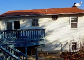 Foreclosed Home in Hanover 21076 POMETACOM DR - Property ID: 4466133558