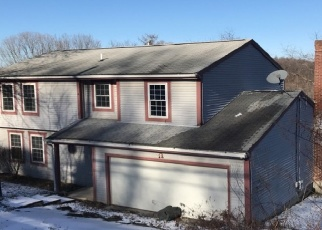 Foreclosed Home in Oakdale 15071 SEMINARY AVE - Property ID: 4466138381