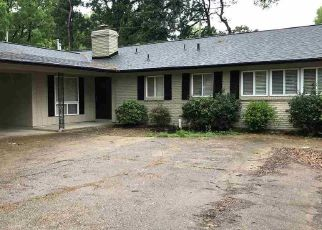 Foreclosed Home in Memphis 38115 EMERALD ST - Property ID: 4466246561