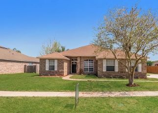 Foreclosed Home in Jacksonville 32221 SHELBY CREEK RD W - Property ID: 4466253117