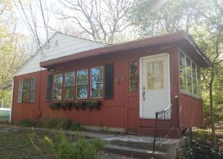 Foreclosed Home in Norwich 06360 PILLING ST - Property ID: 4466261449