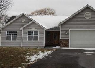 Foreclosed Home in Oswego 13126 ELIZABETH ST - Property ID: 4466274139
