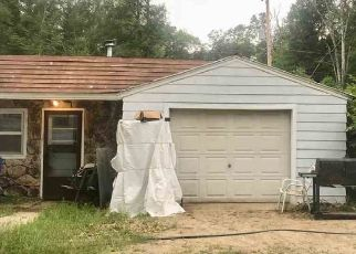 Foreclosed Home in Houghton Lake 48629 TOWER HILL RD - Property ID: 4466393726