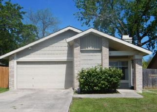 Foreclosed Home in Converse 78109 7TH ST - Property ID: 4466414749