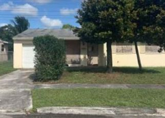Foreclosed Home in Pompano Beach 33068 SW 1ST ST - Property ID: 4466417365