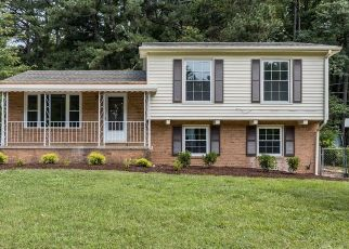 Foreclosed Home in Raleigh 27610 LITTLE JOHN RD - Property ID: 4466680147
