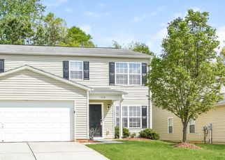 Foreclosed Home in Greensboro 27406 EDGEWOOD TERRACE DR - Property ID: 4466683213
