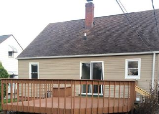 Foreclosed Home in Euclid 44132 BRIARDALE AVE - Property ID: 4467054173