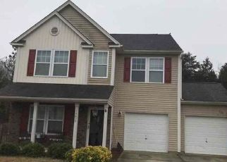 Foreclosed Home in Charlotte 28278 LAKE CROSSING DR - Property ID: 4467084405