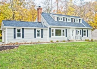 Foreclosed Home in Chagrin Falls 44022 BRAINARD RD - Property ID: 4467195655
