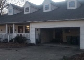 Foreclosed Home in Memphis 38134 WHITTEN RD - Property ID: 4467196529