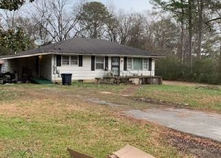 Foreclosed Home in Chattanooga 37412 MATTHEWS DR - Property ID: 4467197398