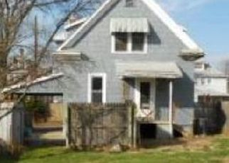 Foreclosed Home in Parkersburg 26101 CLEMENT AVE - Property ID: 4467228946
