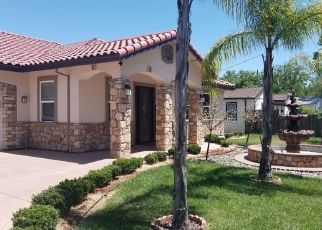 Foreclosed Home in Sacramento 95833 AZUSA ST - Property ID: 4467241194