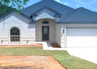Foreclosed Home in Granbury 76048 LARAMIE TRL - Property ID: 4467283233