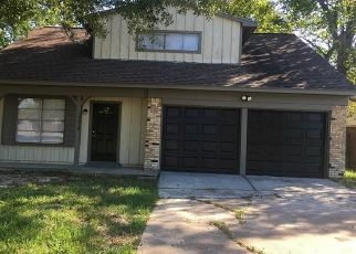 Foreclosed Home in Houston 77049 WOODBURN DR - Property ID: 4467612151