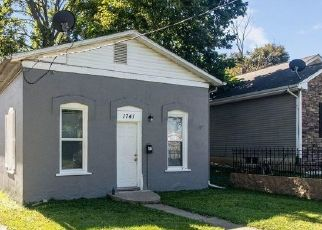 Foreclosed Home in Des Moines 50316 LYON ST - Property ID: 4467657713
