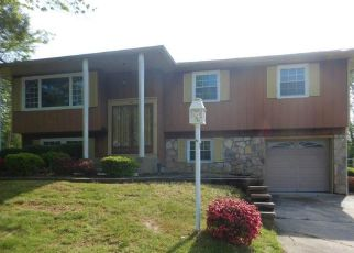 Foreclosed Home in Woodbury Heights 08097 TEMPLE AVE - Property ID: 4467687945