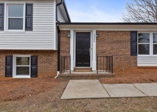 Foreclosed Home in Winston Salem 27106 WOODGREEN RD - Property ID: 4467709387
