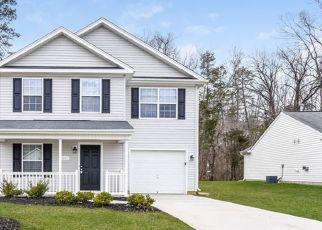 Foreclosed Home in Greensboro 27405 BRIAR RUN DR - Property ID: 4467714201