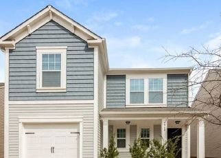 Foreclosed Home in Charlotte 28269 GIBBONS LINK RD - Property ID: 4467724276