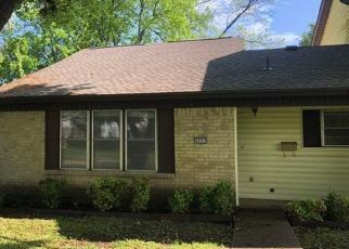 Foreclosed Home in Garland 75043 ROLLINGWOOD CT - Property ID: 4467824131