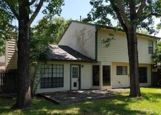 Foreclosed Home in Richmond 77406 RICHMOND VANTAGE DR - Property ID: 4467969999