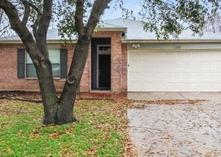 Foreclosed Home in Denton 76210 GREENBEND DR - Property ID: 4467975684