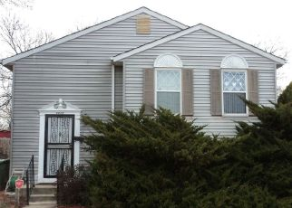 Foreclosed Home in Parkville 21234 HAMLET AVE - Property ID: 4468043119
