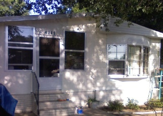 Foreclosed Home in Lakeland 33810 DAISY LN - Property ID: 4468073797