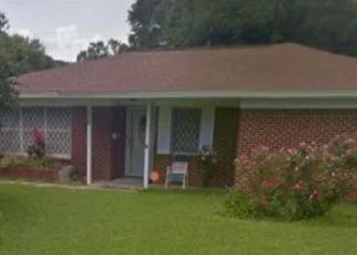 Foreclosed Home in Texas City 77590 SEASIDE LN - Property ID: 4468129403