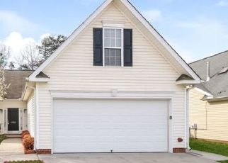 Foreclosed Home in Clemmons 27012 RIVER GATE DR - Property ID: 4468230582