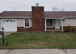 Foreclosed Home in Parkersburg 26104 WARREN DR - Property ID: 4468232779