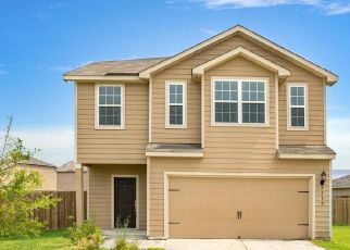 Foreclosed Home in Baytown 77523 STARFISH RD - Property ID: 4468327373